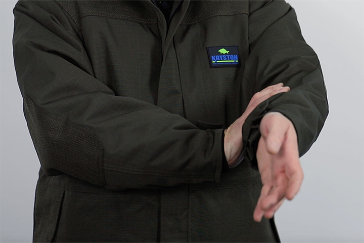 Die Kryston Session Jacket im Carpzilla Unboxing.
