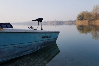Boot am Karpfensee in Italien